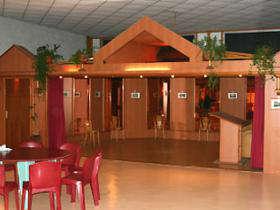 Salle avec dancing