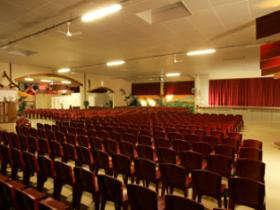 Salle en configuration spectacle